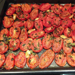 Oven Roasted Tomato Sauce AFTER via http://momeomagazine.com