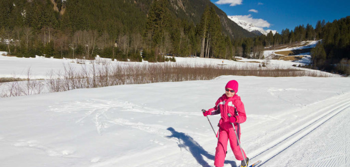 Family Snow Sports: How to Teach Kids to Love Cross Country Skiing