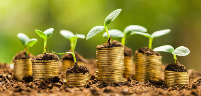 Dollars and Sense: How to Spend Smart to Increase Your Earning Potential via http://momeomagazine.com