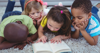 Raising Readers: How to Build Strong Literacy Skills for Life by @KidsWrite4Kids via http://momeomagazine.com
