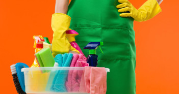Spring Clean Your Business: A Task List to Get Your Business Back in Order via http://momeomagazine.com