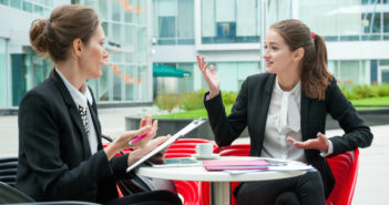 Staff Up or Simplify? How to Decide Which Direction to Grow Your Business via http://momeomagazine.com