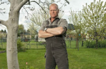 Mike Holmes_AvoidUnsureance Chat