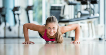 Power Up With Push-Ups: Add This Push-Up Routine to Your Workout by @DPEverybodyFit via http://momeomagazine.com